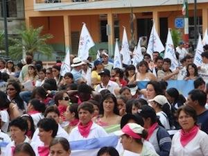 www.d-p-h.info/images/photos/8032_ecuador.jpg